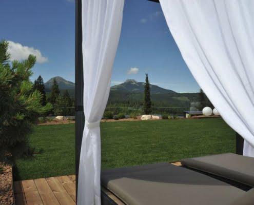 Hotel Cristal Obereggen Blick auf die Berge