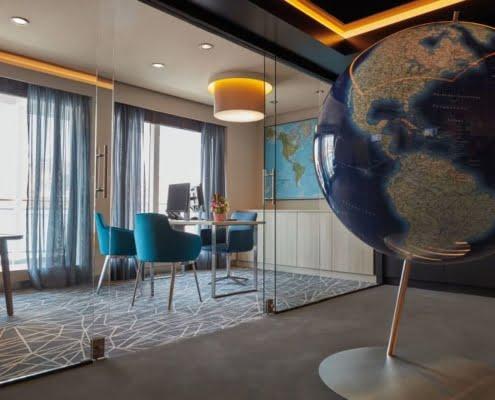 HAPAG-LLOYD CRUISES MS Europa 2 Cruisesales