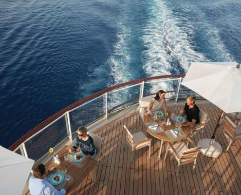 HAPAG-LLOYD CRUISES MS Europa 2 Yachtclub