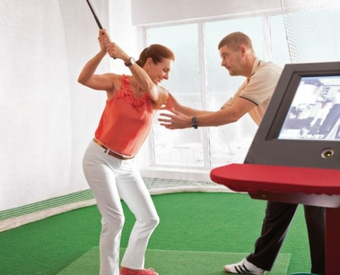 HAPAG-LLOYD CRUISES MS Europa Golfsimulator