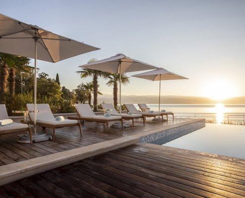 Hotel Ikador Pool